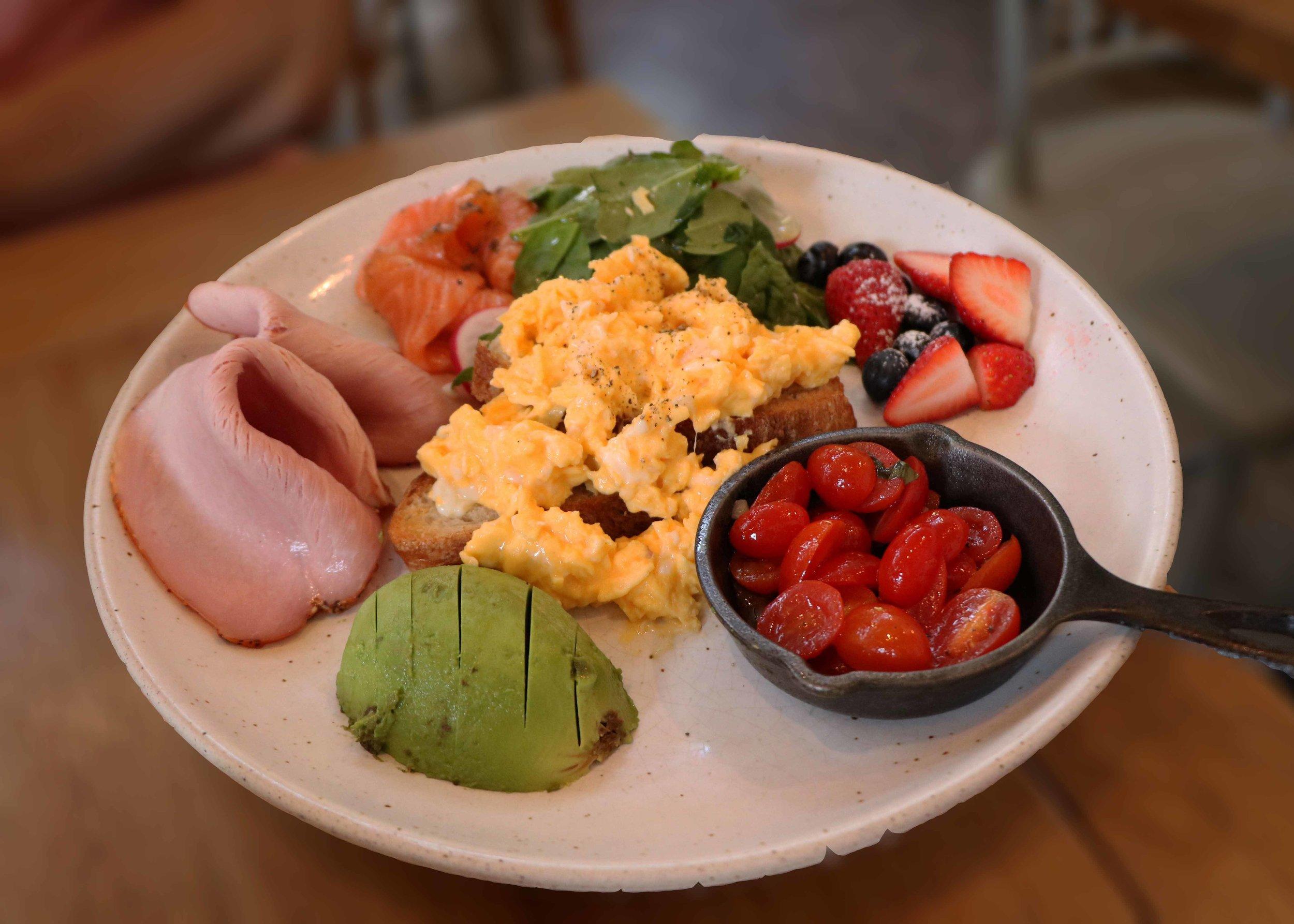 Breakfast Board (THB 350)