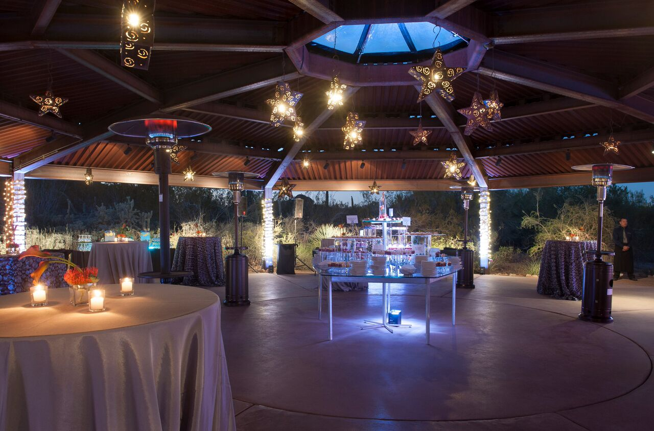 AWARD WINNING EVENT CONCEPT COMPANY   Dedicated to bringing extraordinary visions to life.