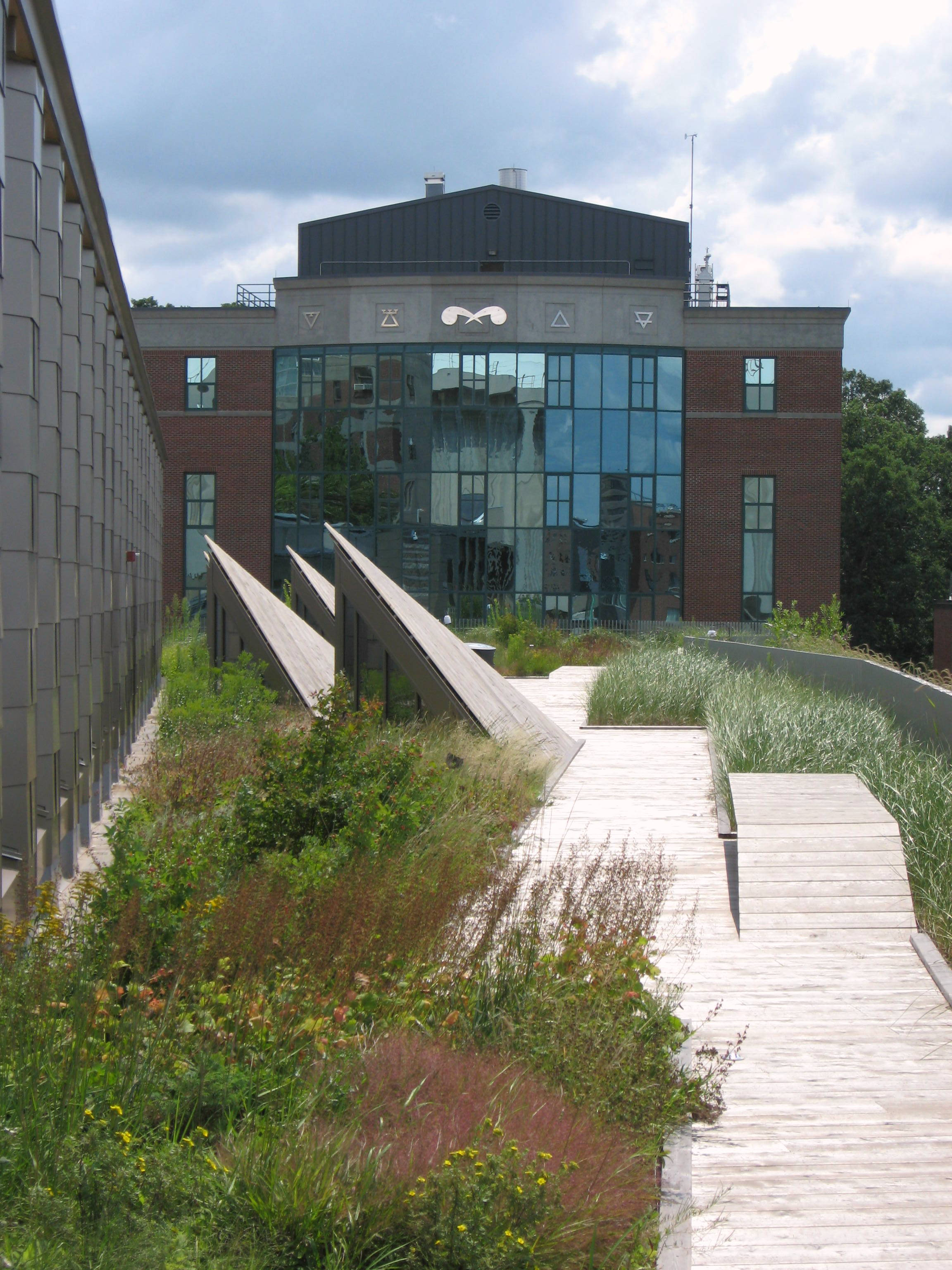 ESF-Gateway-Green-Roof-2014.jpg
