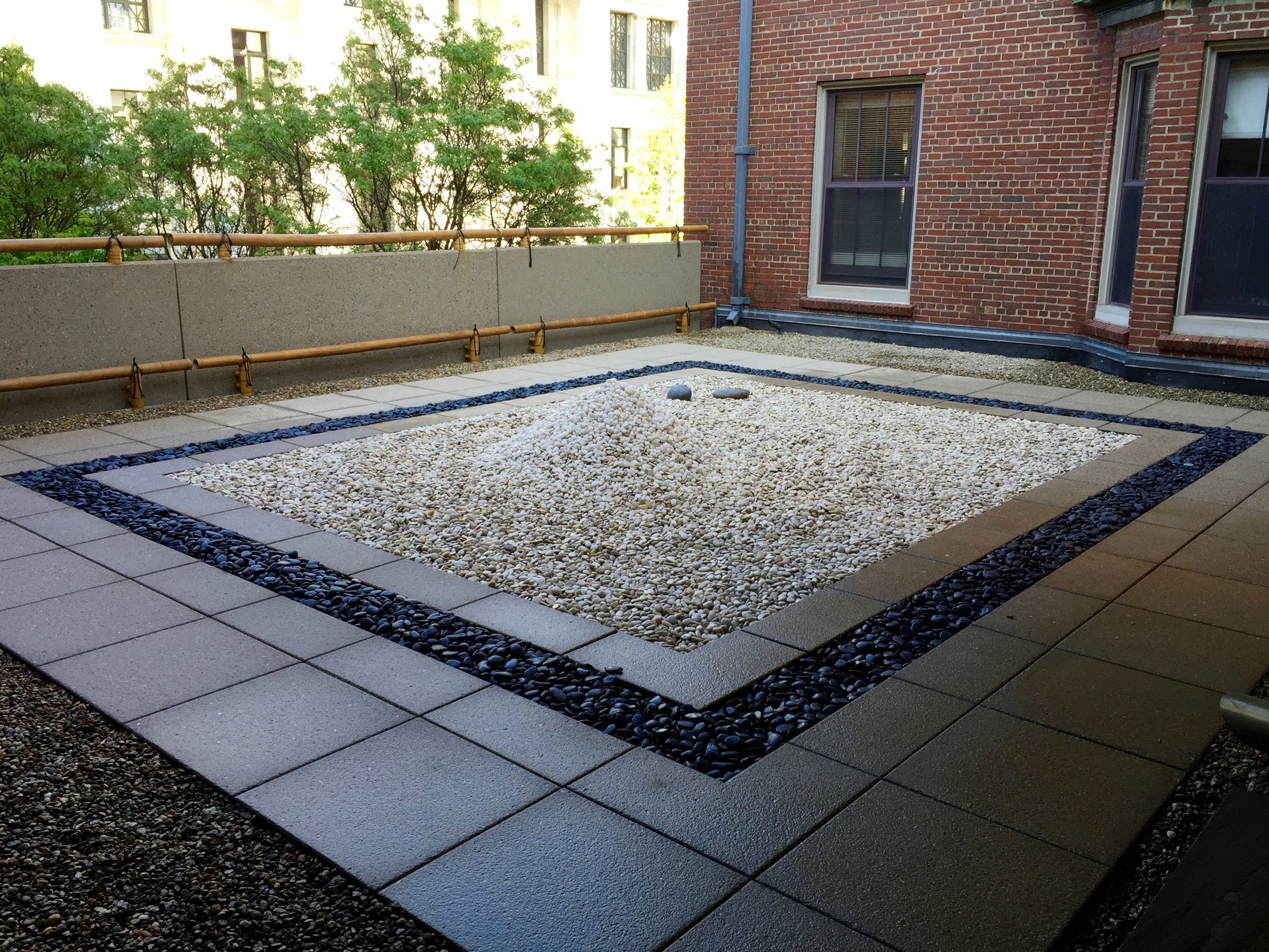 recover-green-roofs-brigham-womens-2015-2.jpg