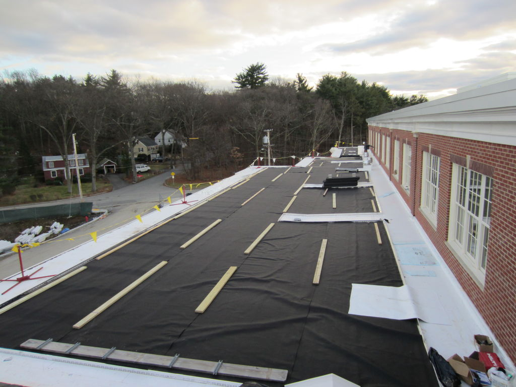 recover-green-roofs-natick-high-school-2012-9.jpeg
