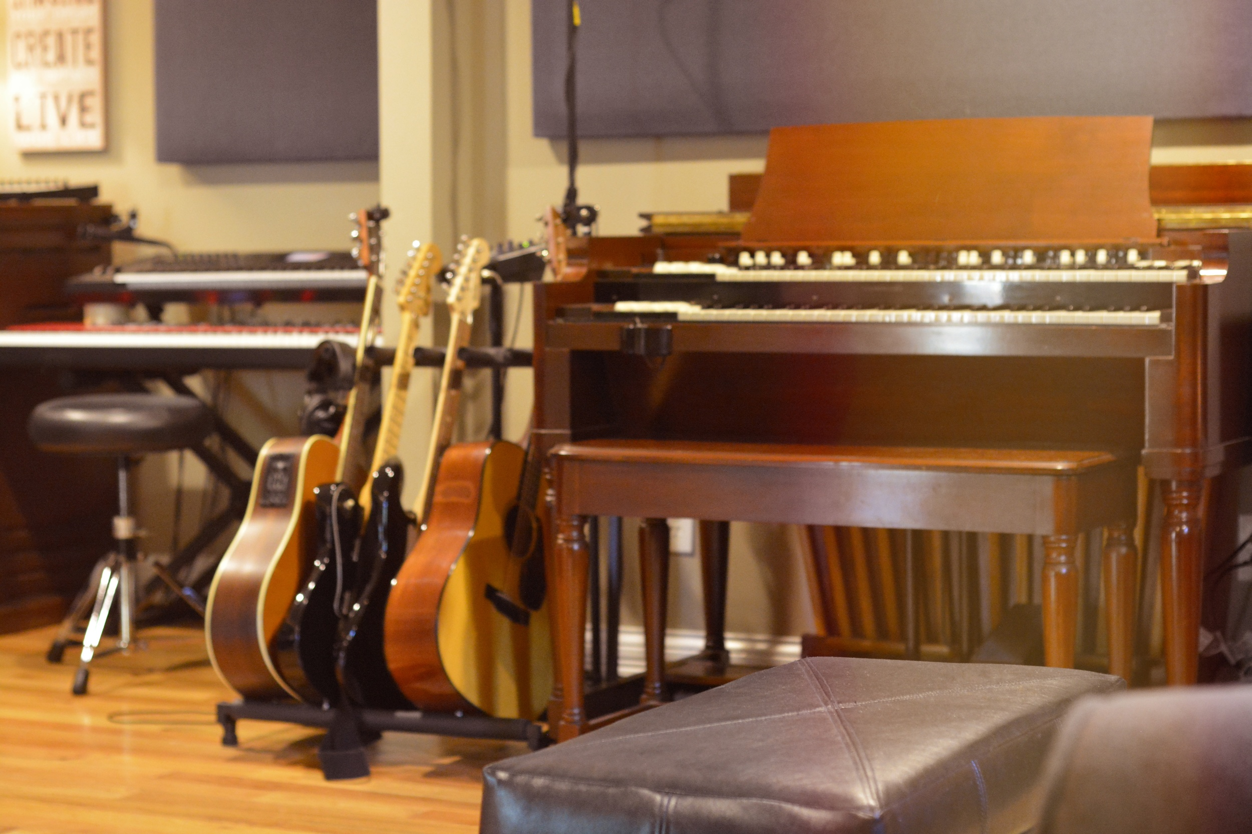 b3 Guitars keys89.jpg