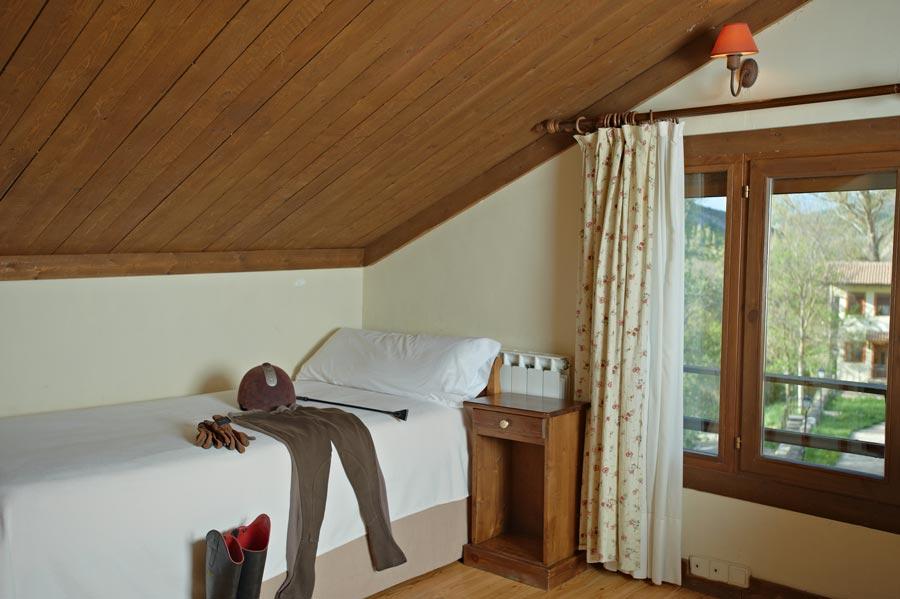 pirineo-ecuestre-habitaciones-3.jpg