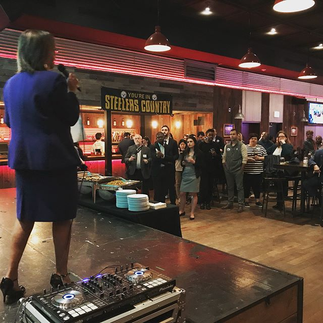 Thank you to everyone who came out to support Congresswoman Robin Kelly's Young Professionals event!