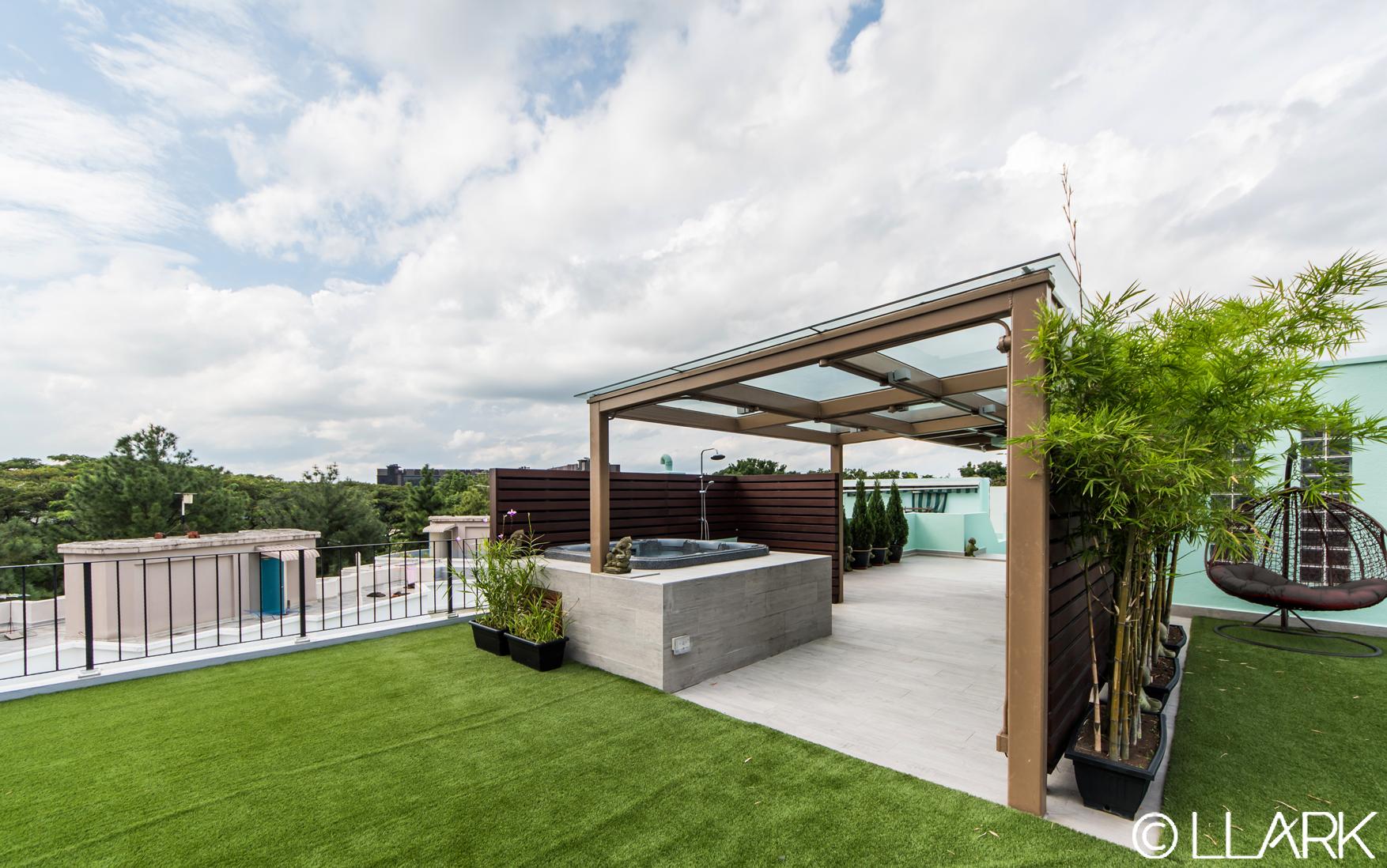 CV_Roof Terrace 02.jpg