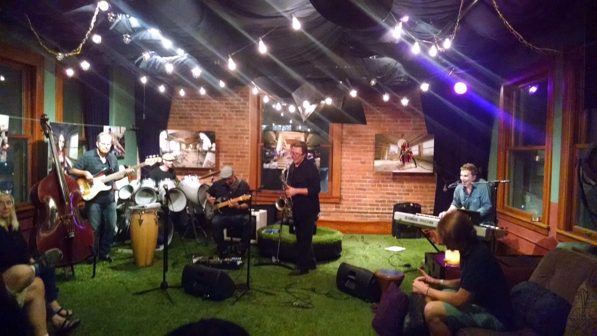 Scott Page and his awesome band!