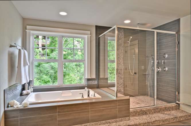 [photo 999942] Master Bathroom.jpg
