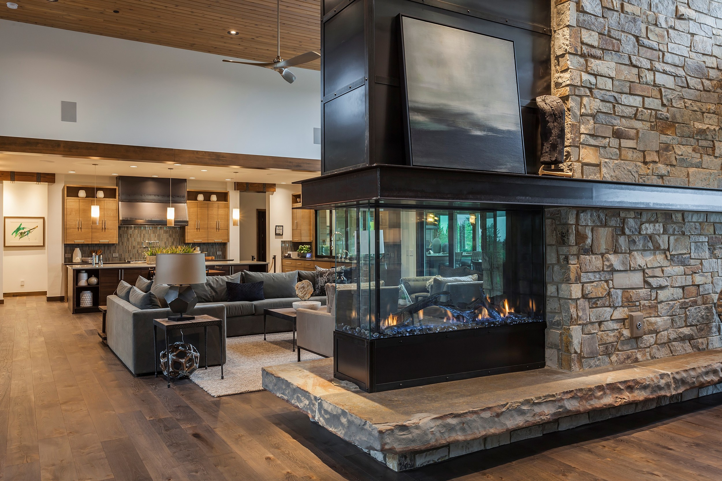 Fireplace & Living