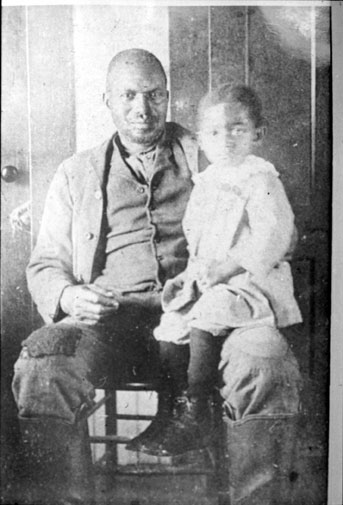 Alec Turner and his grandson, Willie Samuels, around 1915.