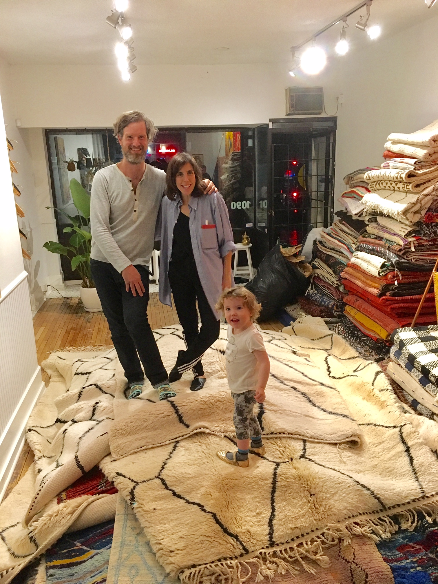 John, Miriam & Zelda on top of the freshly unpacked rugs. Contemporary Beni M'rirt rugs on top.