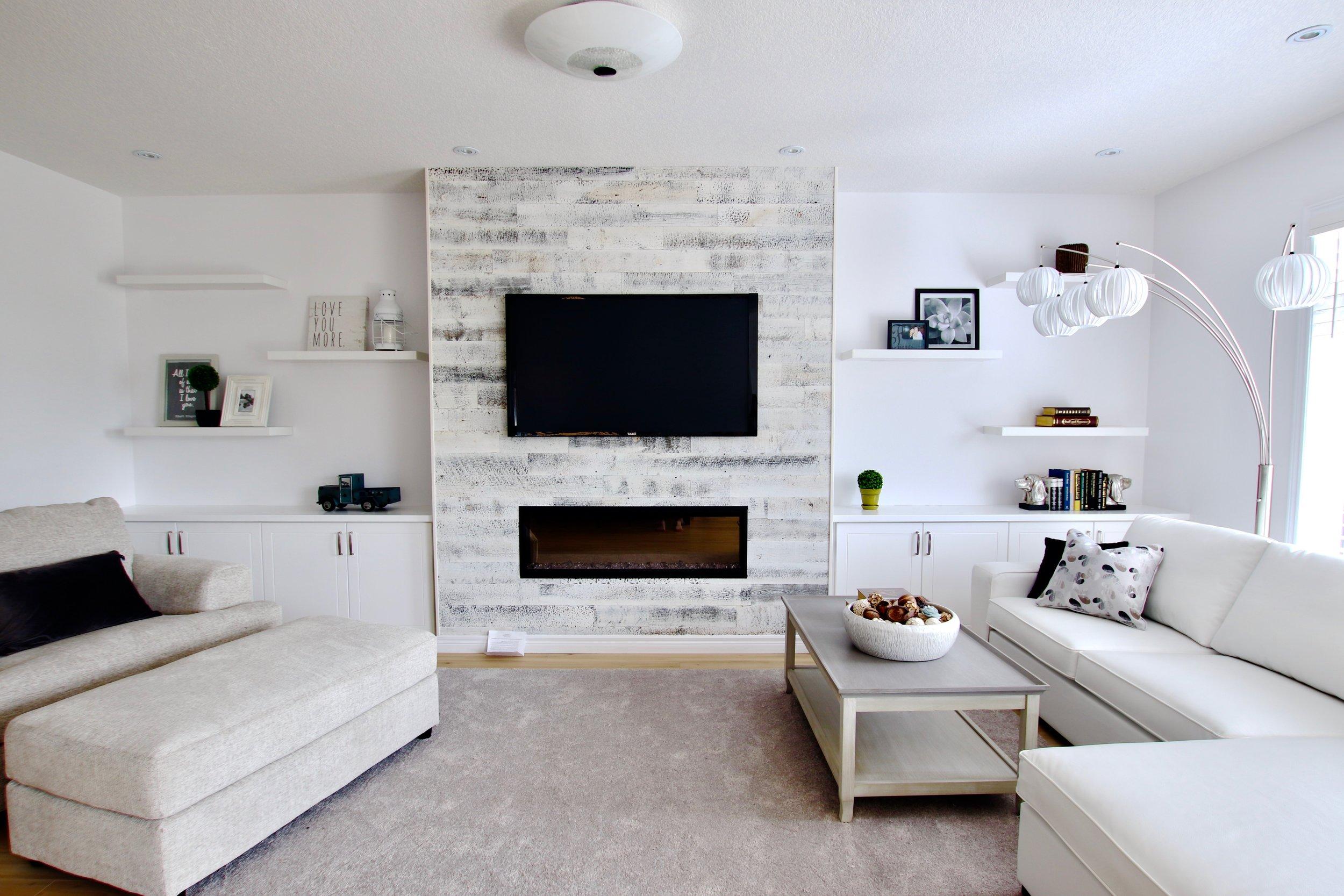 White Livingroom.jpg