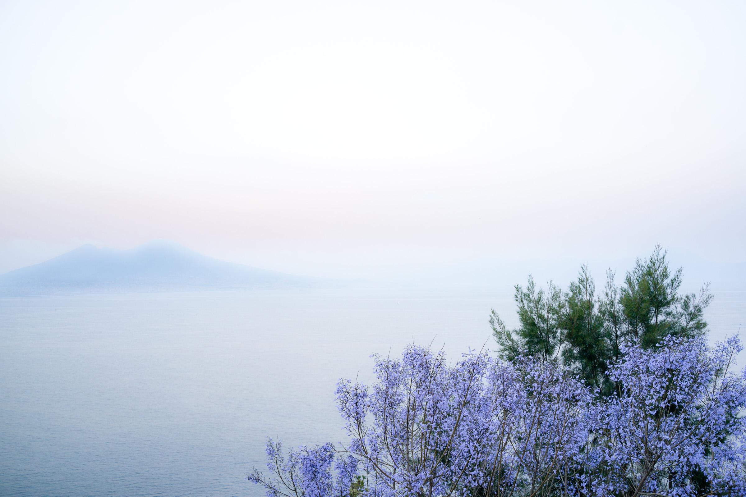 Naples & Vesuvius, timecode 20:35 ➛ 21:10