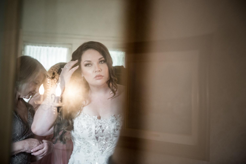realwedding_gettingready_bride_redlands