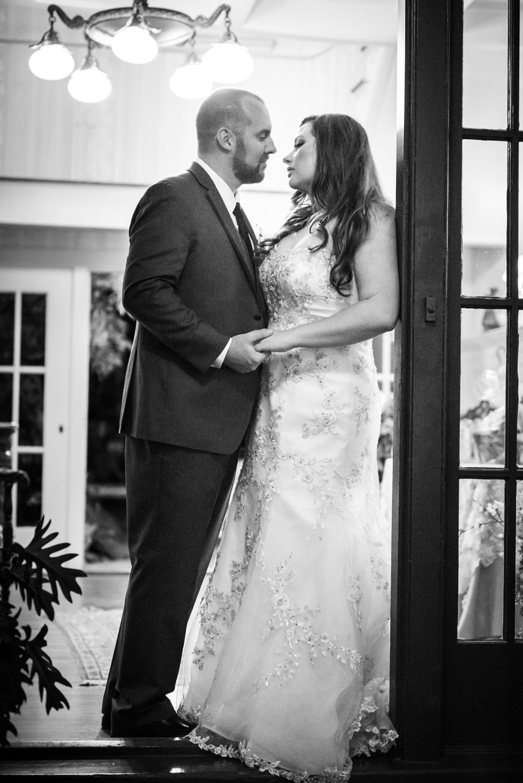 realwedding_bw_couple_bride_groom_lacedress