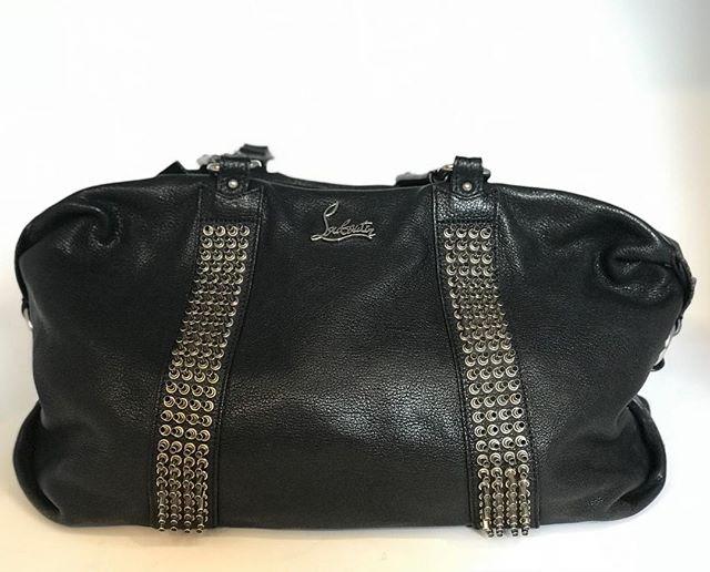 Louboutin black leather handbag - £149  @louboutinworld @fusspottsoxted #fashion #designer #style #louboutin #louboutinhandbag #nearlynew #preloved #forsale #boutique #fusspotts #handbag #handbagporn #blackhandbag #red #stud #handbagaddict