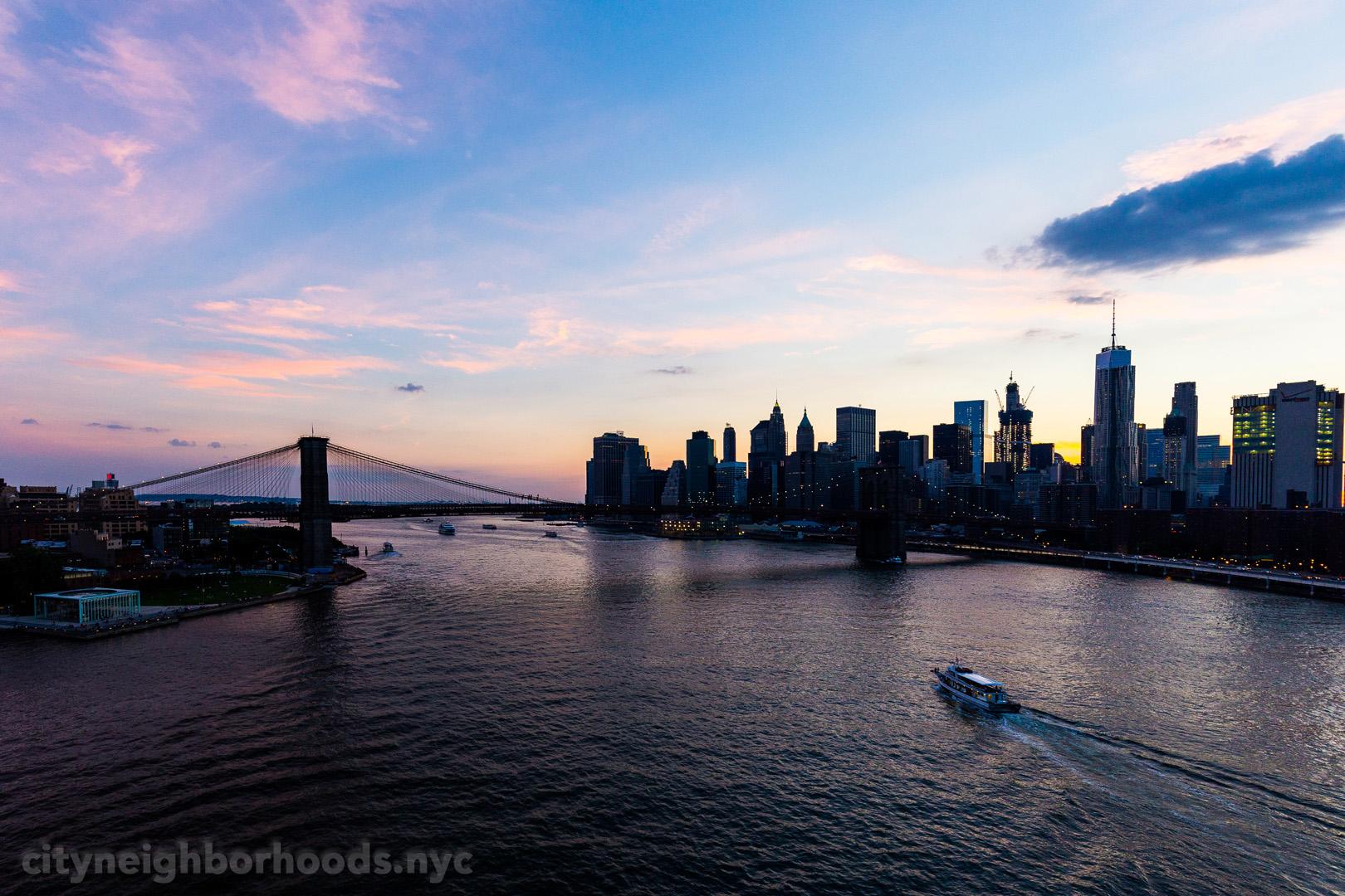 Brooklyn - Brooklyn Bridge - East River - Lower Manhattan - NYC