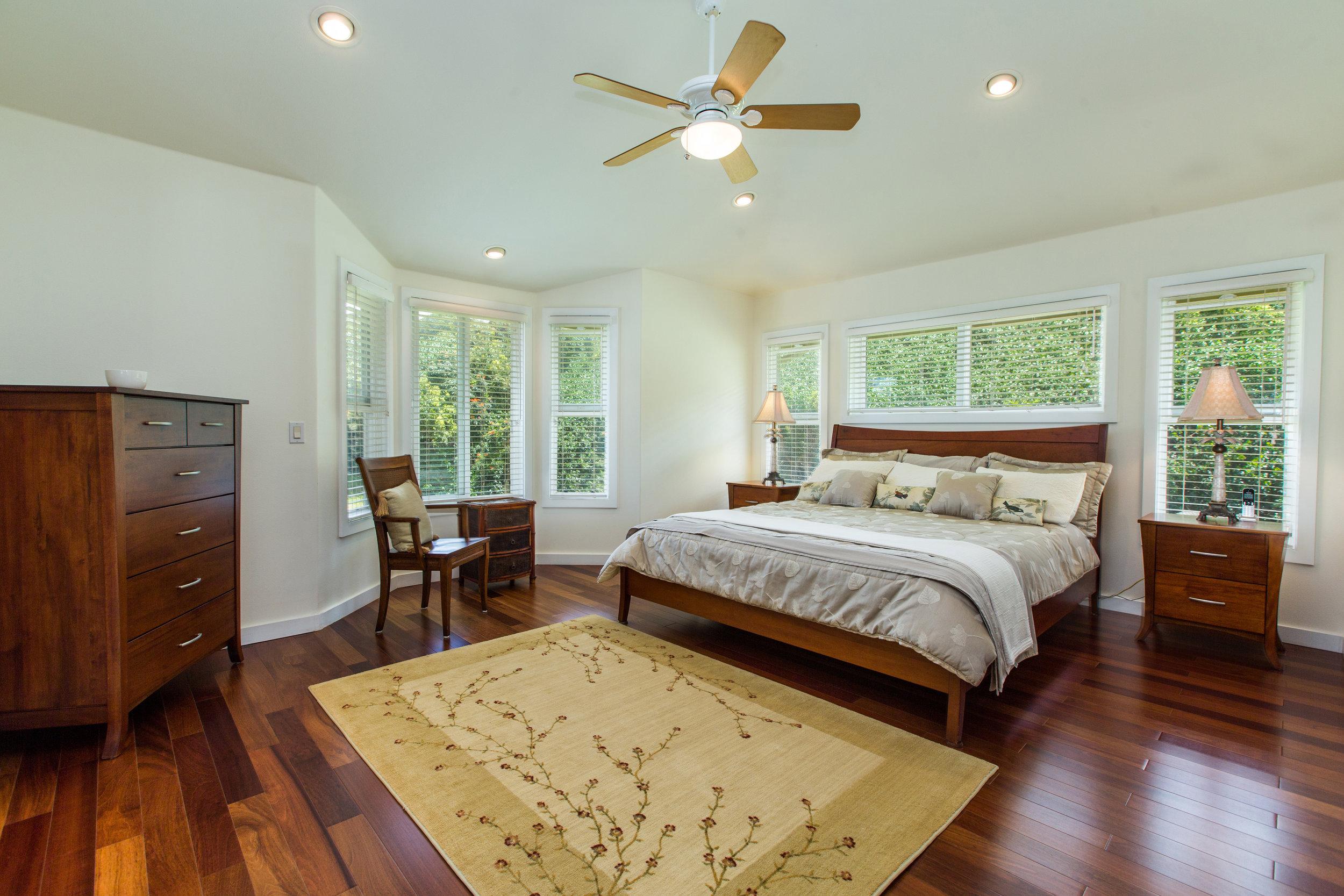 M bedroom.jpg