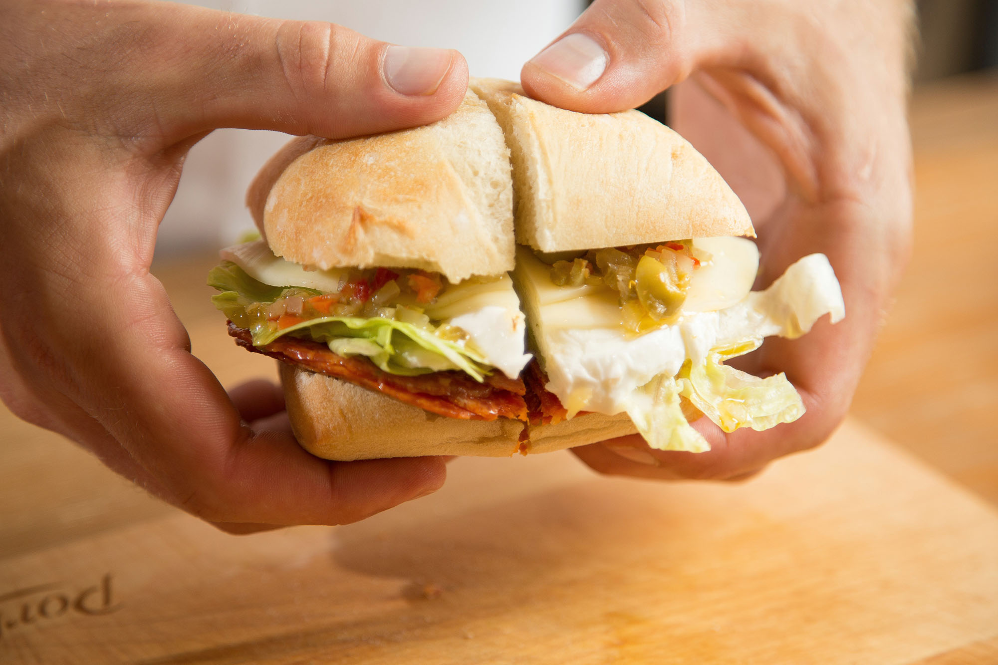 Sandwich-Muffaletta-Pepe-PorkShop-sml.jpg