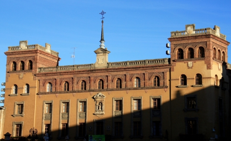 Grand architecture and colours.