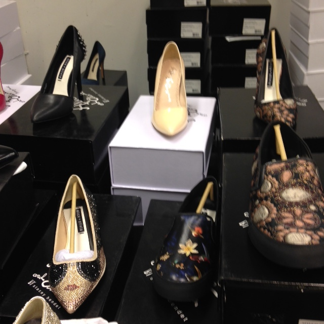alice and olivia sample sale shoes 2.jpeg