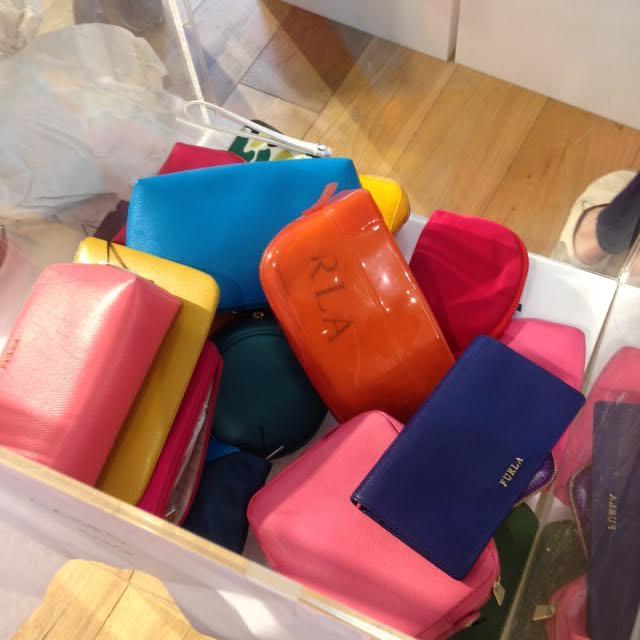 furla sample sale.jpg