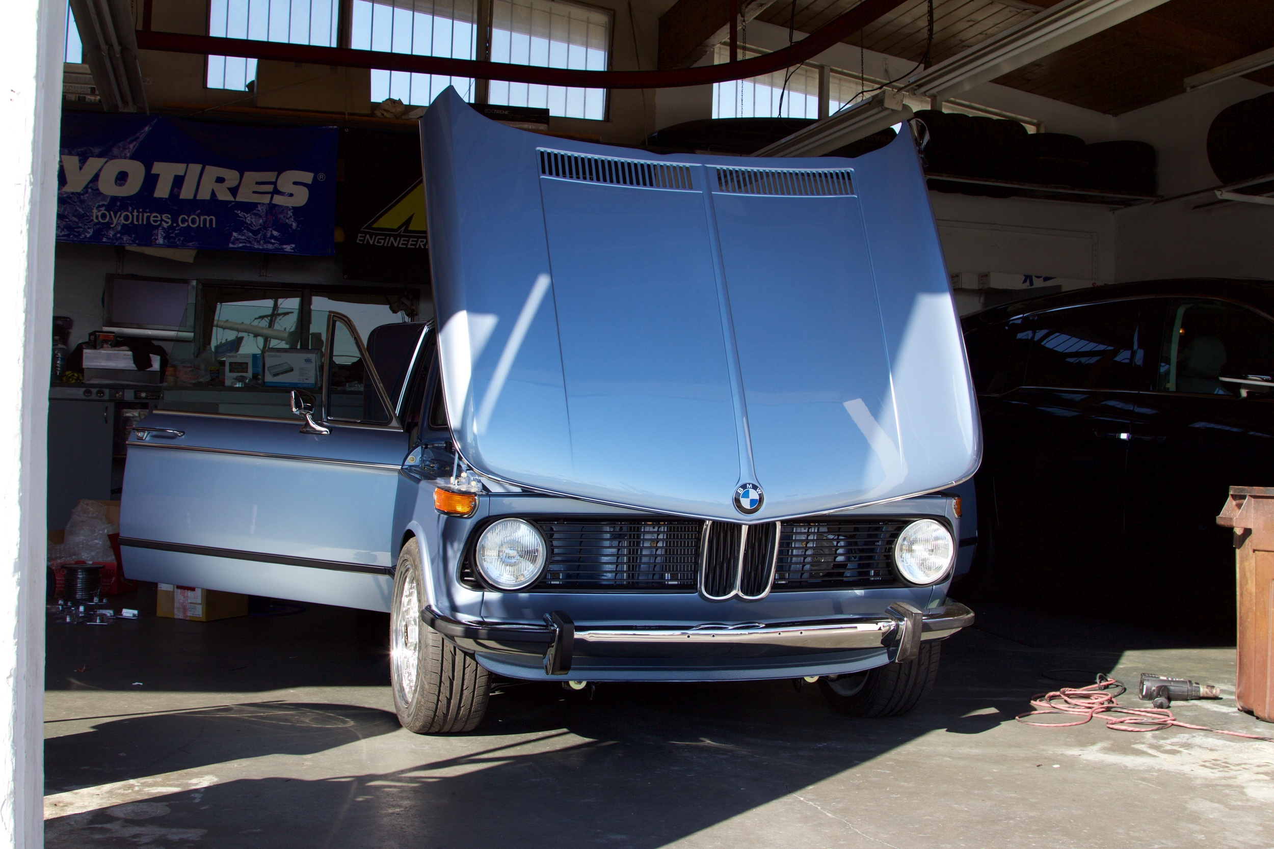 BMW 2002 Audio Install 2576.jpg