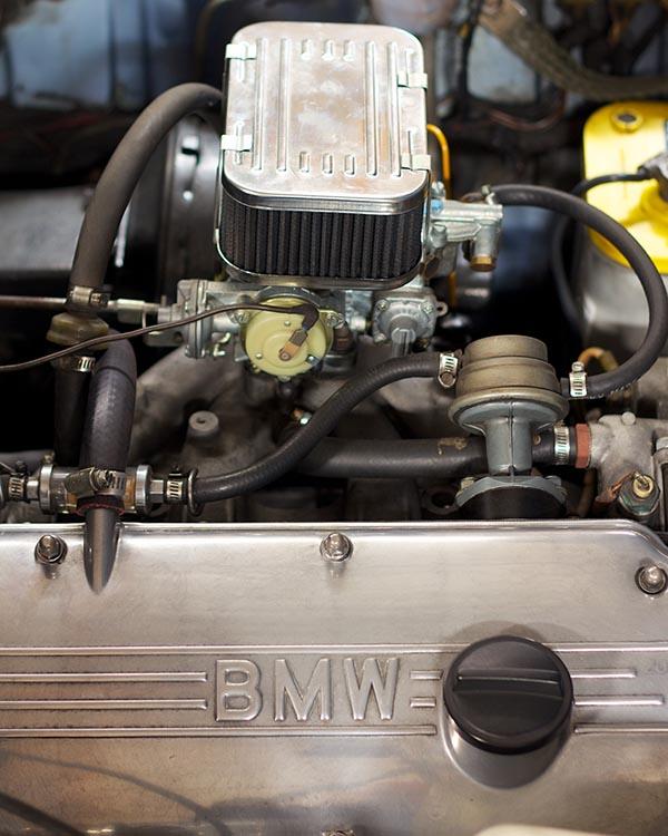 Clarion BMW 2002 Build 11465.jpg