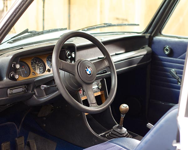 Clarion BMW 2002 Build 11481.jpg