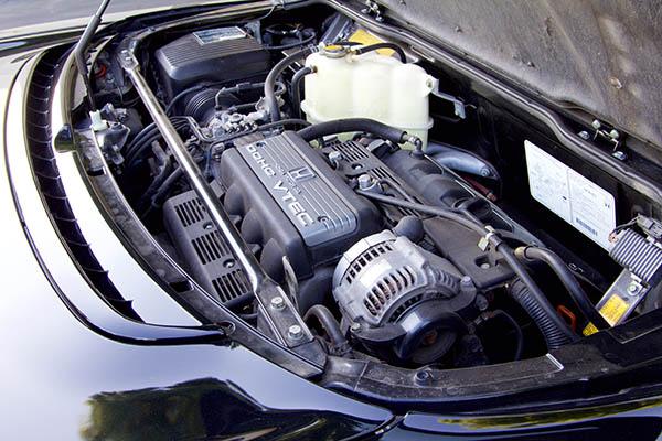 Clarion Builds Acura NSX 4340.jpg