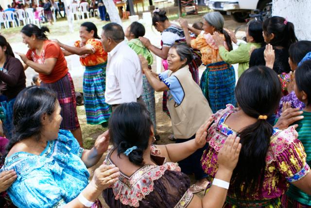 Movimientos de Sanación:  Movement as a Means for Healing and Growth