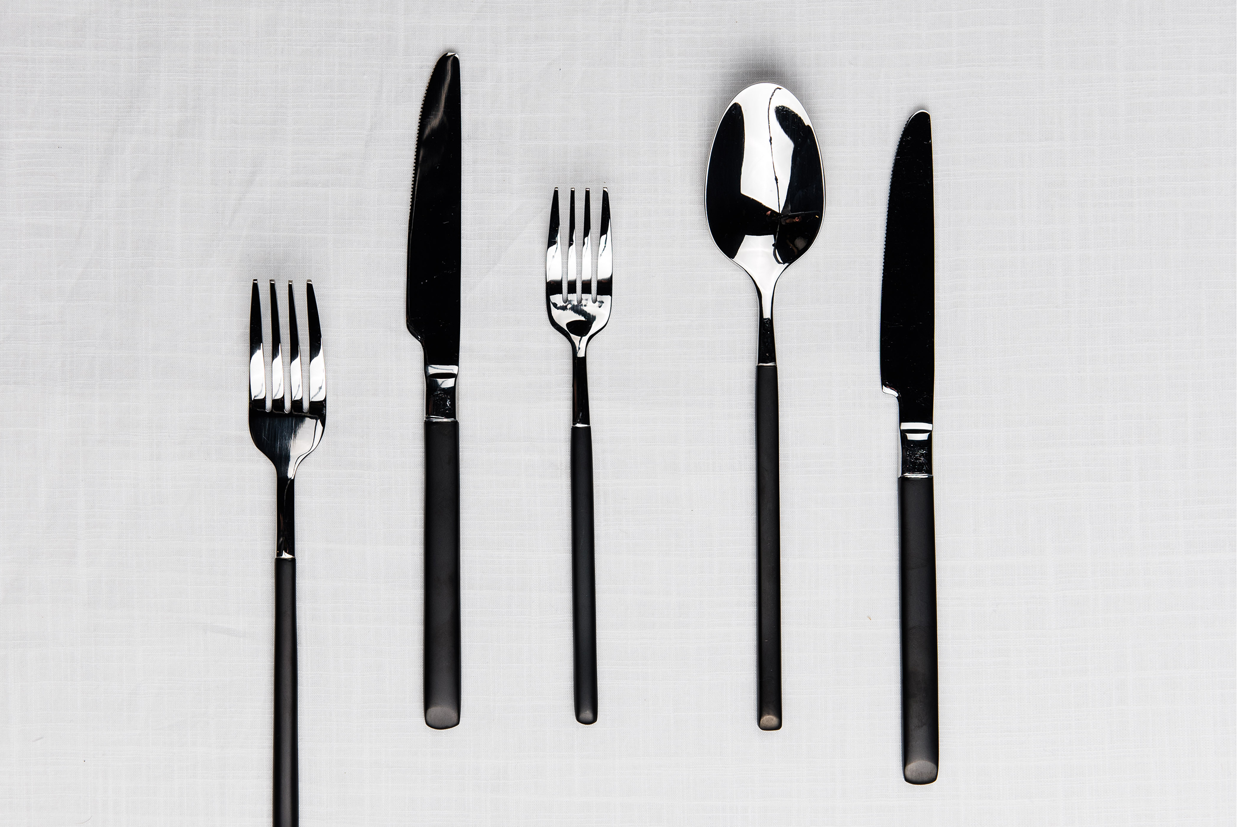 044-Black-Silver-Flatware.jpg