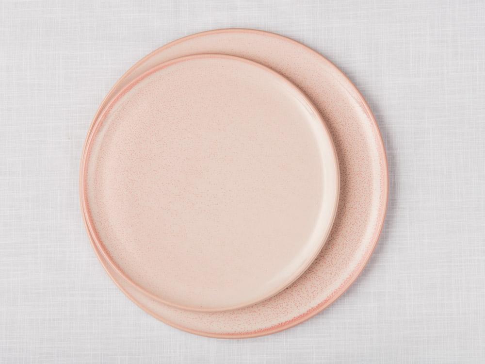 01-plates-V2_1.jpg