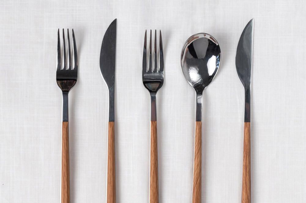 wood-cutlery-set-crop.jpg