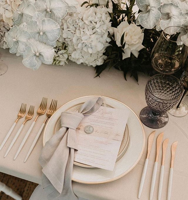 A beautiful curated table setting for a degustation menu Styled by @theeventslounge with @lucasandcophotgraphy @tableforlouis and @stemdesignflorals ✨ ⠀⠀⠀⠀⠀⠀⠀⠀⠀ ⠀⠀⠀⠀⠀⠀⠀⠀⠀ Showcasing our White + Gold Cutlery!