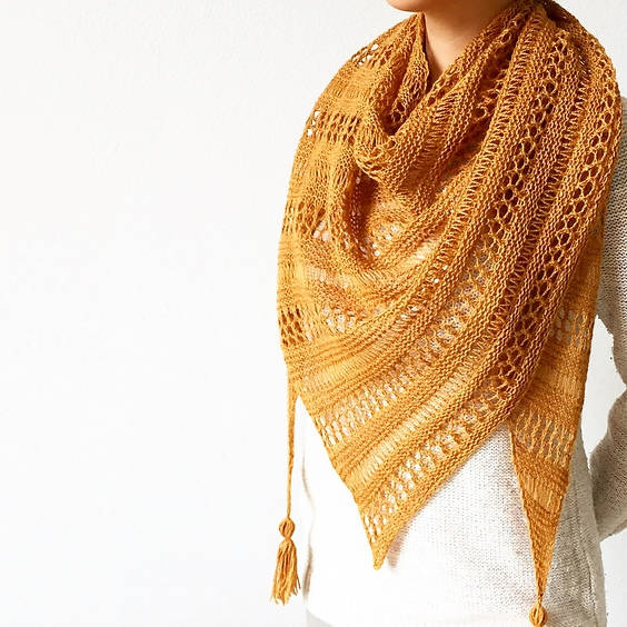 Stormy Sky Knit Shawl by Life is Cozy Image © Life is Cozy