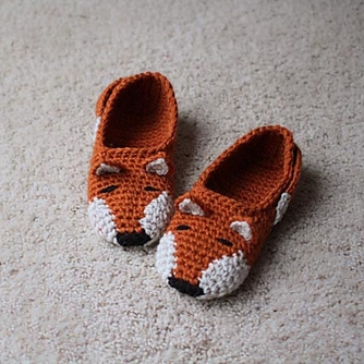 Fox Slippers by Mamachee Image © Mamachee
