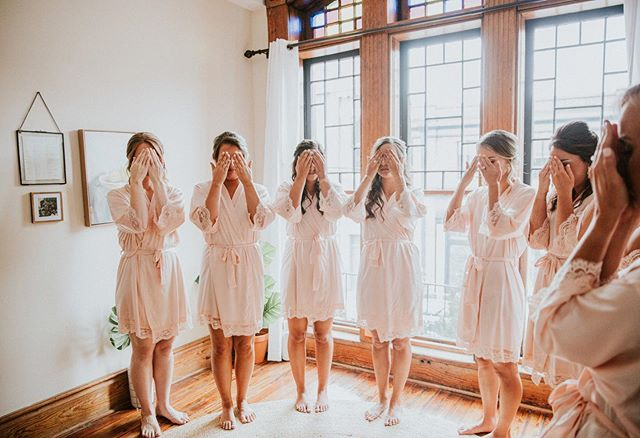 That first look is always priceless, especially when it's your lifelong friends cheering you on the whole way! This day was as dreamy as they get folks. Still giddy I was able to be apart of it. ✨💛 . . . Shot with: @tandkphotography  #nashvilleweddingphotographer #tennesseephotographer #travelweddingphotographer #travelphotography #pursuepretty #weddingphotographer #bridal #bride #nashvilleweddingphotography #nashvillewedding #nashvillebride #nashville #nashvilletn #bridesmaids #firstlookphoto #firstlook #happy #knoxvillewedding #knoxvilleweddingphotography #tennesseewedding #loveintentionally