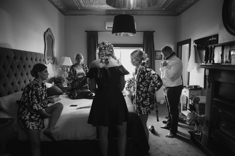 Steph&Jack_2016_credit_JacquieManning_OneDaySomewherePhotography76.jpg