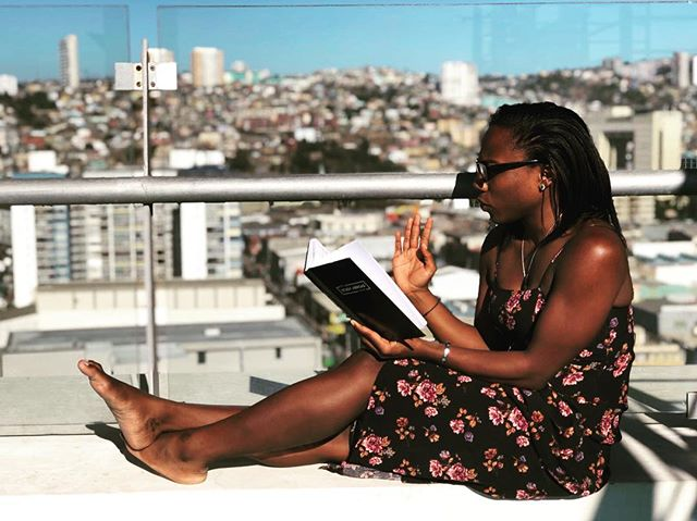 Rooftops are great for a little reflection and inspiration. Thanks for sharing your journaling experience in Valparaiso @taylorwallace! Taylor and our cofounder, Brooke Roberts are both digital nomads in Valpo. Want us to share your Journal photo? Tag your photo with #abroadjournal and we'll repost. @thenewdorothy #valparaisochile 🇨🇱 📓 ✨