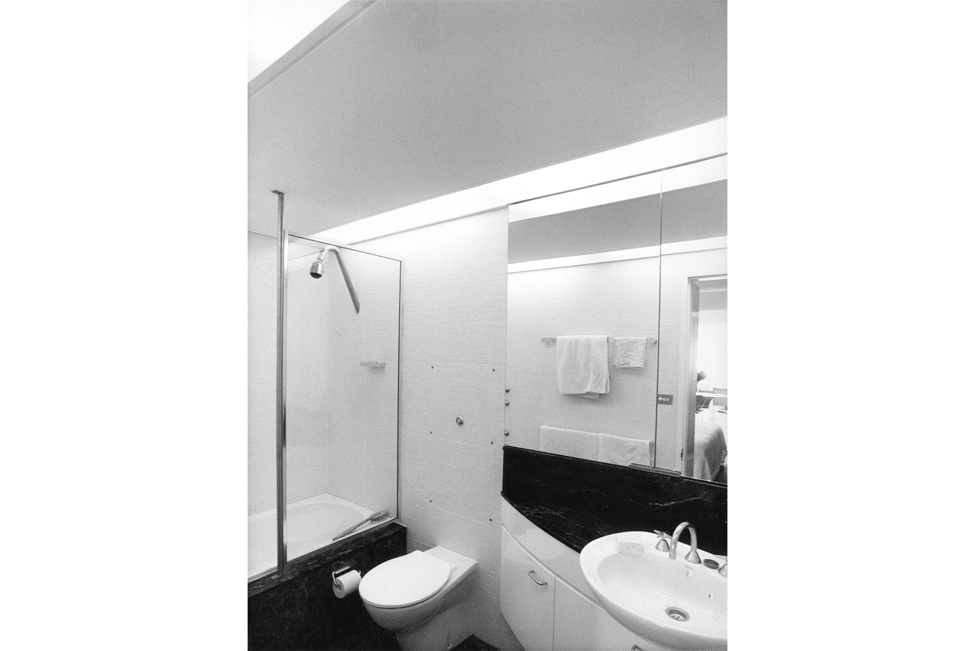 Bondi-Apartment_Bathroom.jpg