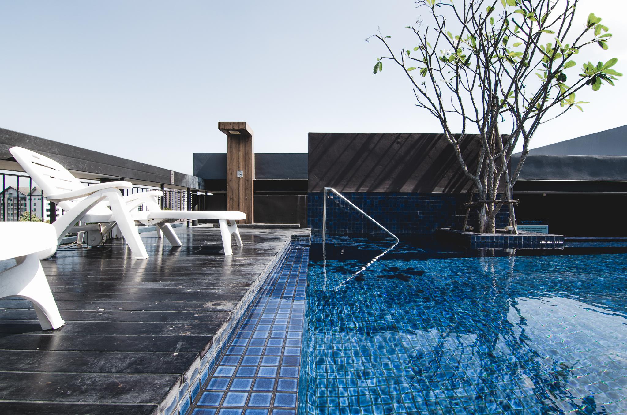 the-nimman-condo-chiang-mai-thailand-rooftop-pool.jpg