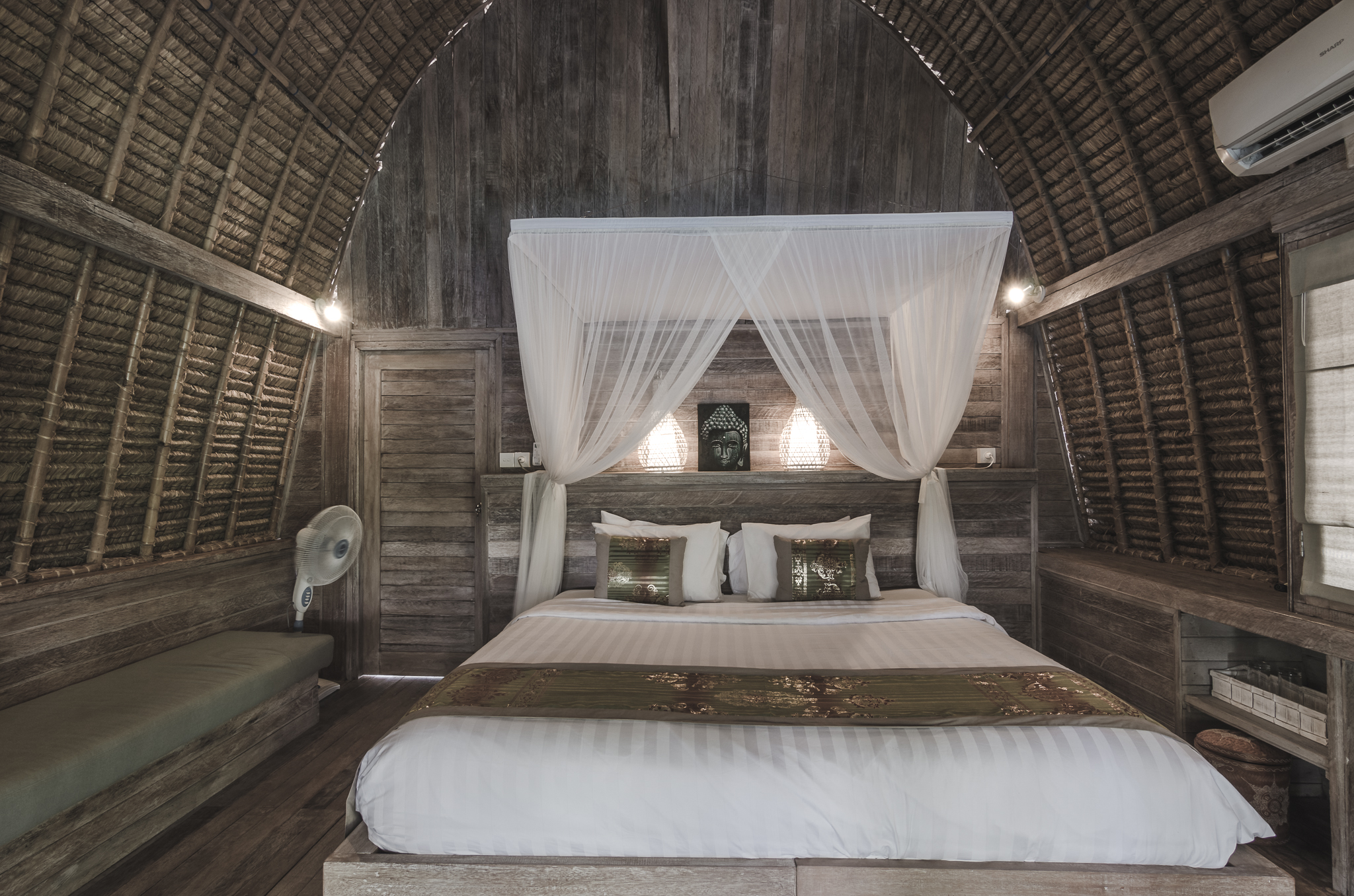 komodo-garden-nusa-lembongan-bali-bedroom.jpg