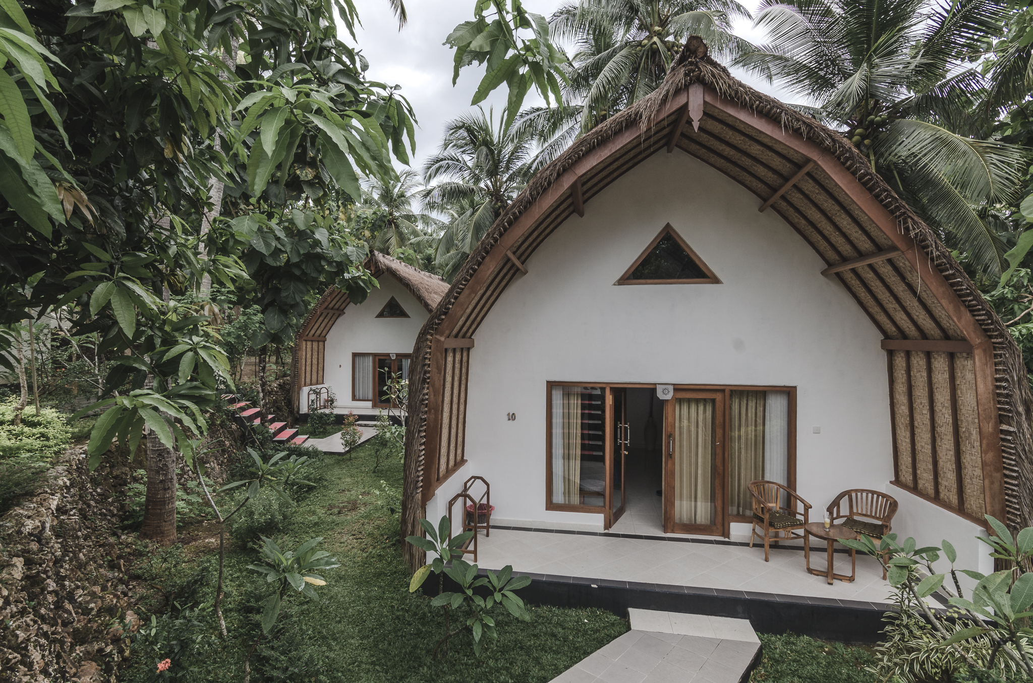 coco-resort-nusa-penida-bali-bungalow-exterior.jpg