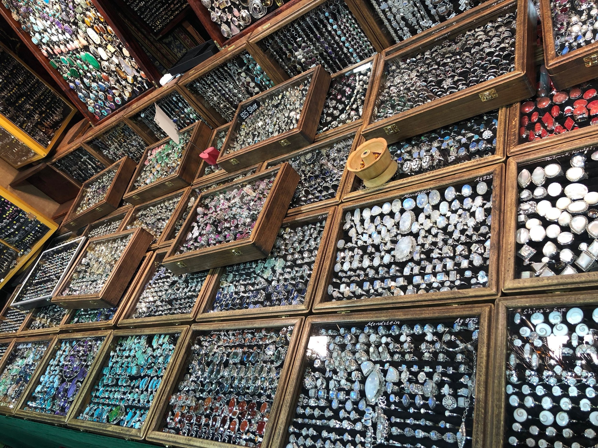 Hand-crafted jewelry, Dresden markets
