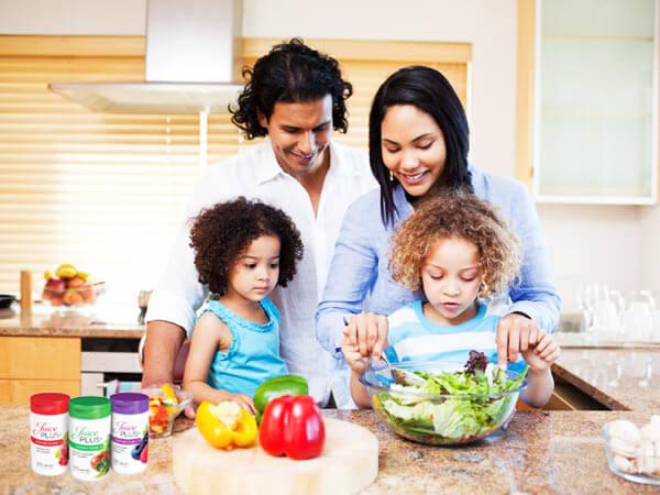 get-kids-to-embrace-healthy-eating-827963300.jpg