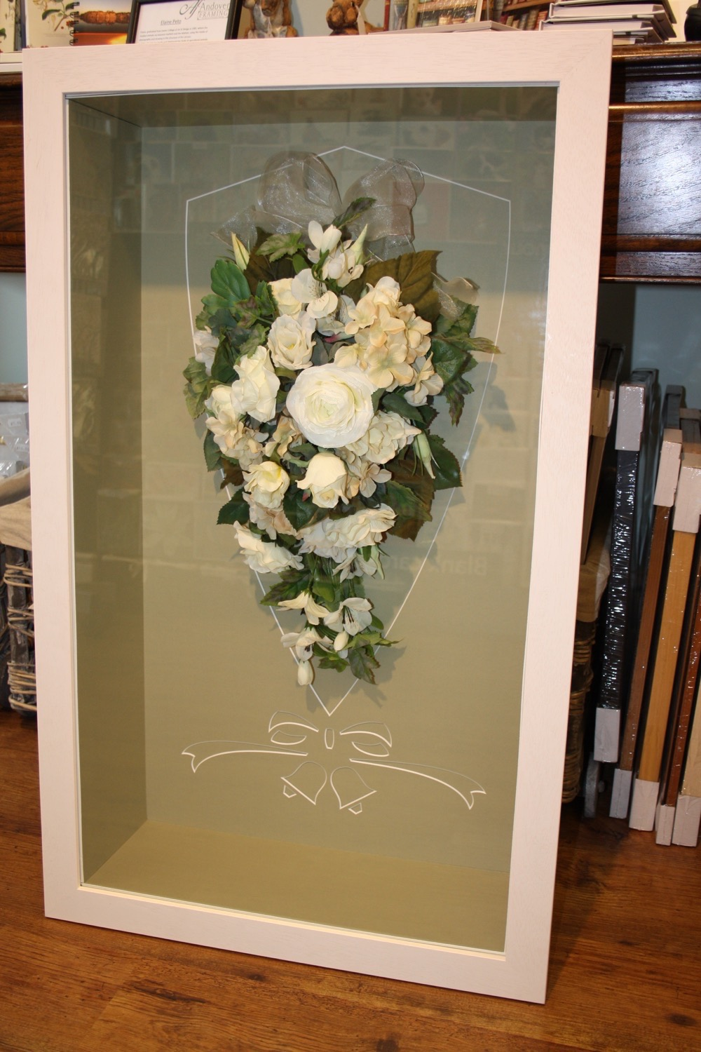 hampshire-picture-framing-specialist-mounting-004.JPG