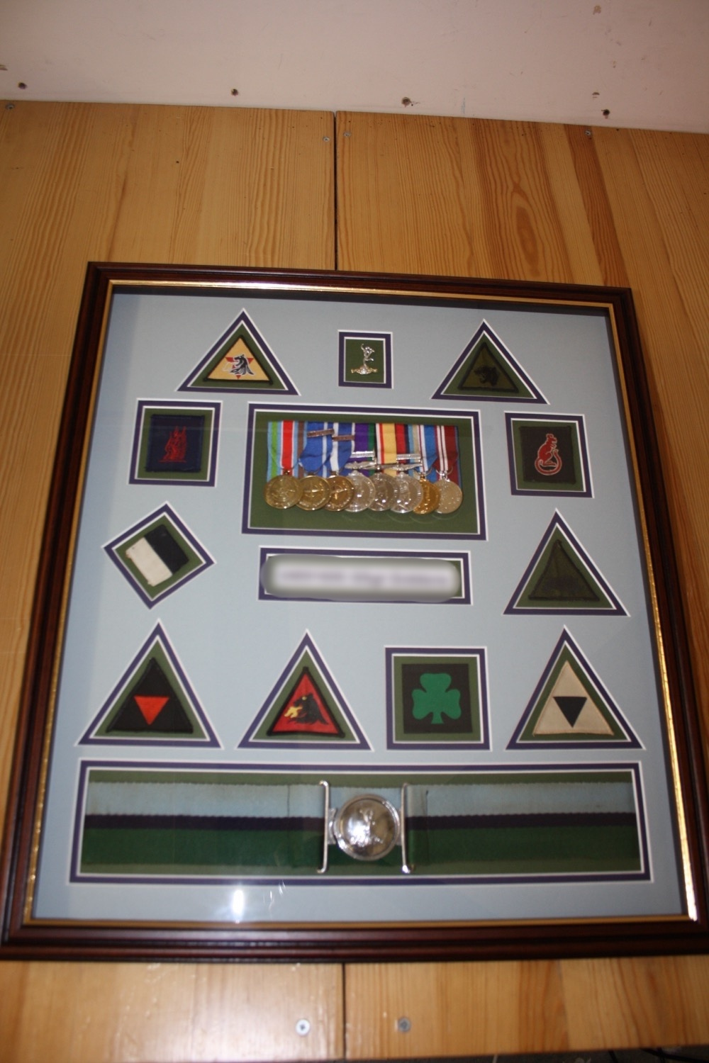 hampshire-picture-framing-medals-005.JPG