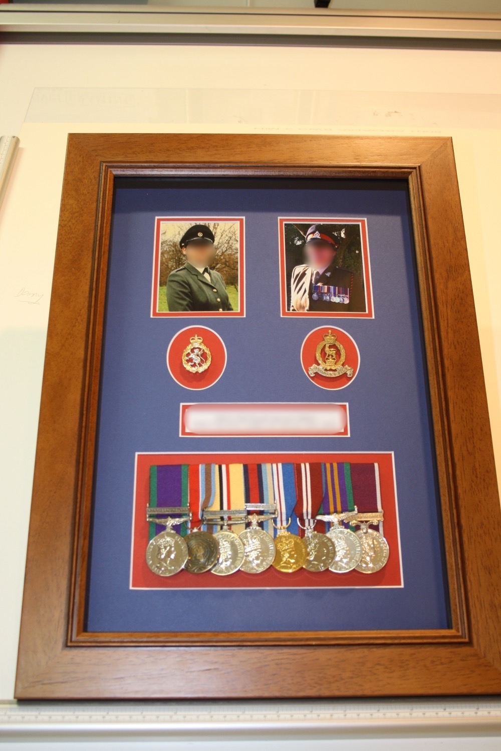 hampshire-picture-framing-medals-009.JPG