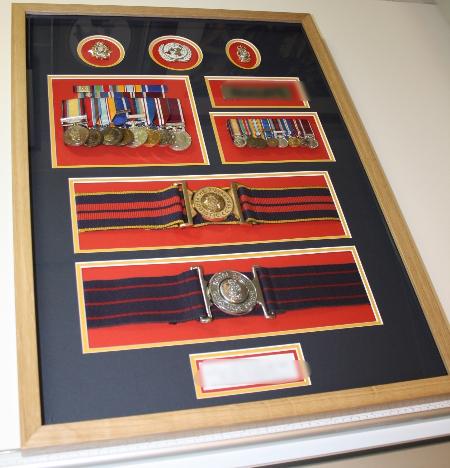 hampshire-picture-framing-medals-008.JPG