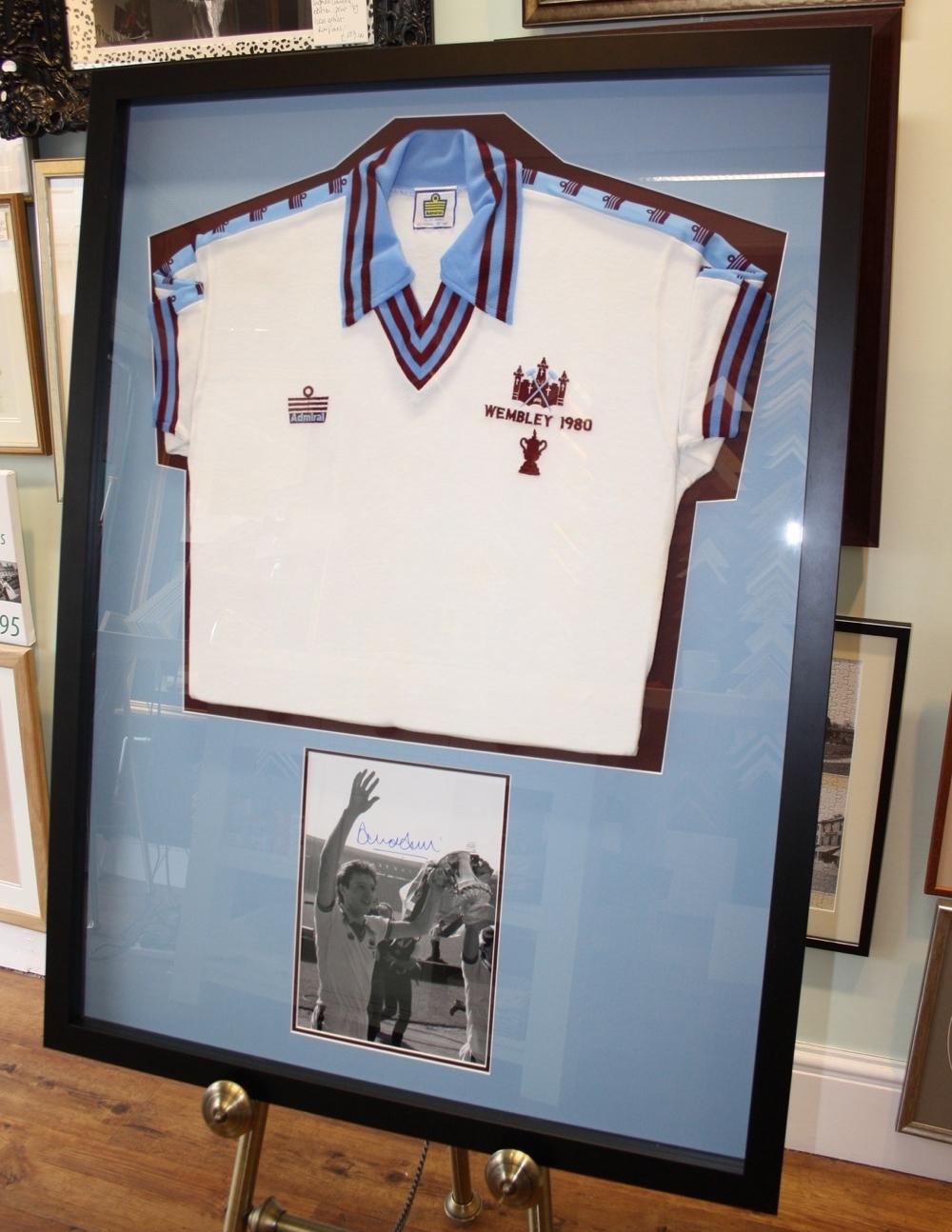 hampshire-picture-framing-shirts-009.JPG